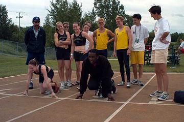 Surin in the blocks with Australian sprinters (IAAF)