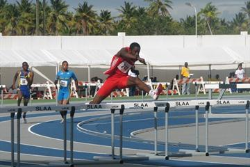 Jehue Gordon (TRI) on his way to setting a CARIFTA 400m Hurdles record (Anthony Debeauville)