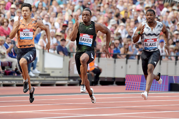 Ronnie Baker on his way to winning the 100m at the IAAF Diamond League meeting in London (Kirby Lee)