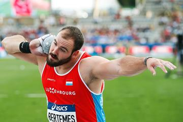 Shot putter Bob Bertemes of Luxembourg (AFP / Getty Images)