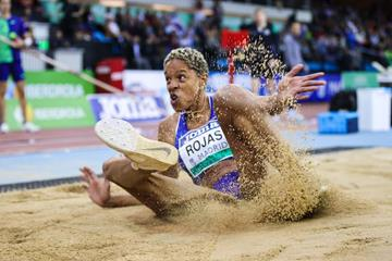 Yulimar Rojas lands as the world indoor triple jump record holder in Madrid (Dan Vernon)