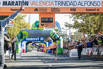 Abraham Kiptum wins the Valencia Half Marathon (Organisers)