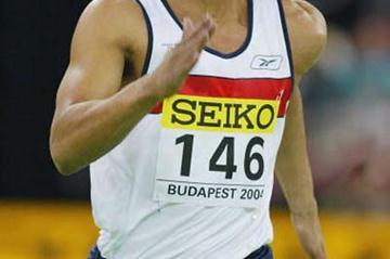 Jason Gardener of Great Britain wins 60m heats (Getty Images)