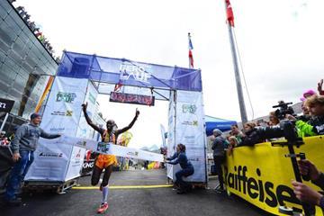 Gikuni Ndungu triumphs at the Grossglockner Berglauf (Damiano Benedetto / www.corsainmontagna.it)