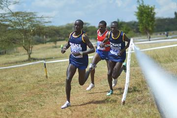 Leonard Barsoton leads the senior race in Nairobi (AFP/Getty Images)