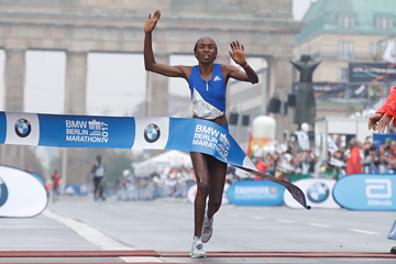 Gladys Cherono wins the Berlin Marathon (AFP / Getty Images)