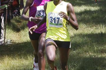 Caroline Chepkwony fights off Grace Momanyi in Kisii (Ignatius Kemboi / Ginadin Communications)