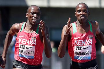 Timothy Cheruiyot and Elijah Manangoi in the mile at the IAAF Diamond League meeting in Eugene (Victah Sailer)