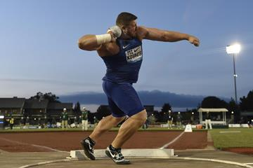 Joe Kovacs at the 2016 IAAF Diamond League meeting in Eugene (Kirby Lee)