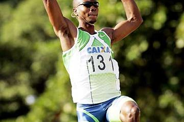 Irving Saladino - 8.53m leap in Rio in 2007. The meet now has APM-Q status for 2008 (Wander Roberto de Oliveira/CBAt)