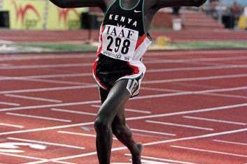 Kenya's Pius Muli in action during the 3000m (© Allsport)