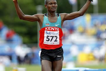Jonathan Ndiku successfully defends his World Junior Steeplechase title (Getty Images)