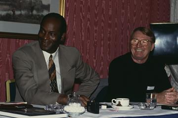 Bob Beamon and Tony Duffy in 1993 (Getty Images)