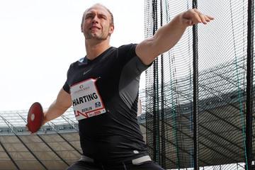Robert Harting extends his winning streak in Berlin (Gladys Chai van der Laage)