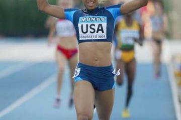 Natasha Hastings of USA celebrates a new World Junior record in the 4x400m Relay Final (Getty Images)