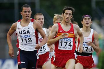 David Bustos of Spain and Blake Shaw of USA in the 1500m heat (Getty Images)