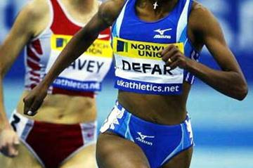 Meseret Defar sprints home in the women's 3000m (Getty Images)