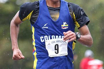 Luis Lopez of Colombia walking to victory in the US 30km champs in New York (Victah Sailer)