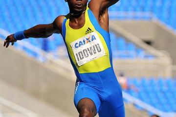 17.48m season's debut for Phillips Idowu in Rio (Alexandre Loureiro/CBAt)