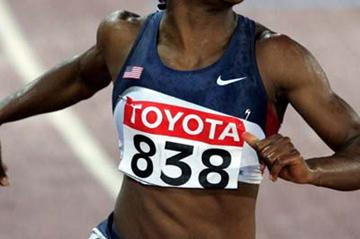 Lauryn Williams of the USA wins the women's 100m final (Getty Images)