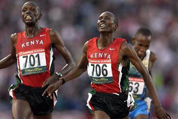 Wilberforce Talel (706) wins Commonwealth Games 10,000m gold. (Getty Images)