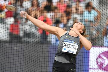 Sandra Perkovic winning again, this time at the 2016 Diamond League meeting in Paris (Jiro Mochizuki)