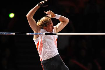 Another 6m clearance for Steve Hooker, this time in Paris (Jiro Mochizuki (Agence shot))