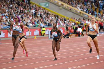 Shaunae Miller-Uibo, Dina Asher-Smith and Dafne Schippers in the 200m at the IAAF Diamond League meeting in Birmingham (AFP / Getty Images)