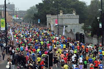 An estimated 22,000 runners ran the 2015 Cardiff Half Marathon (Mark Shearman)