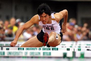 Liu Xiang of China wins the 110m Hurdles at the Prefontaine GP (Kirby Lee)