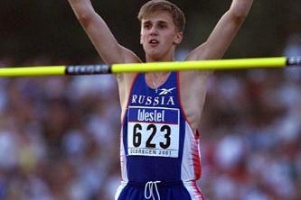 Debrecen 2001 - Aleksey Dmitrik (© Allsport)