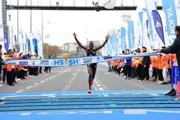 Diana Chemtai Kipyokei wins the Istanbul Marathon (Organisers)