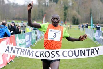 Thomas Ayeko winning at the 2015 IAAF Antrim Cross Country International (Mark Shearman)