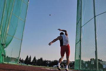 Ivan Tikhon shouts on his hammer in Szombathely (IAAF)
