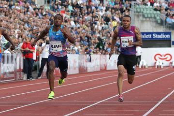 Andre de Grasse (r) taking a narrow 100m victory in Oslo (Jean Pierre Durand)