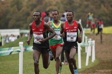 Geoffrey Kamroror and Bedan Karoki lead the senior men's race at the IAAF World Cross Country Championships, Guiyang 2015 (Getty Images)