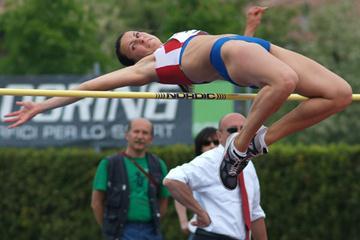 Ganna Melnychenko (UKR) leads after day one in Desenzano del Garda (Lorenzo Sampaolo)