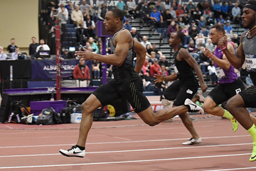 Ronnie Baker on his way to winning the 60m at the US Indoor Championships (Kirby Lee)