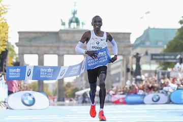 Eliud Kipchoge wins the Berlin Marathon (Getty Images)