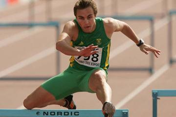 Louis van Zyl of South Africa in the heats of the men's 400m Hurdles (Getty Images)