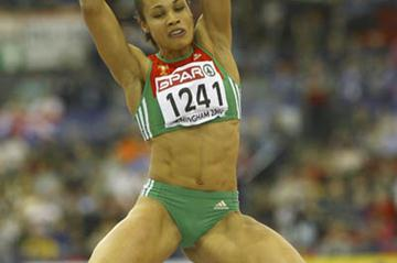 Naide Gomes en route to her second consecutive Long Jump title in Birmingham (Getty Images)