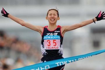 Mizuho Nasukawa takes the Tokyo Marathon title with a PB 2:25:38 (Yohei Kamiyama/Agence SHOT)