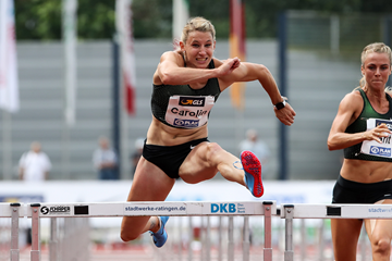 Carolin Schafer in the heptathlon 100m hurdles in Ratingen (Gladys Chai von der Laage)