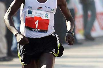 John Kelai of Kenya, the winner of the Standard Chartered Mumbai Marathon 2008 (AFP / Getty Images)
