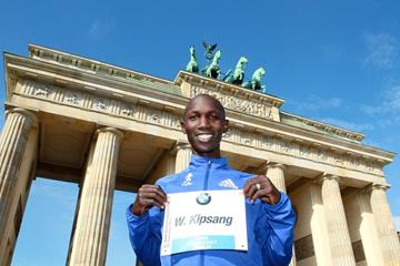 Wilson Kipsang ahead of the 2013 BMW Berlin Marathon (Victah Sailer / organisers)