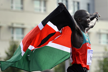 Abel Kirui after winning the marathon at the IAAF World Championships Berlin 2009 (AFP / Getty Images)