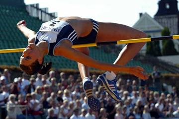 Blanka Vlasic clears 2.02 in Bastad, Sweden (Göran Lenz)