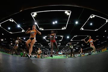 Dafne Schippers and Tori Bowie in the 60m heats at the IAAF World Indoor Championships Portland 2016 (Getty Images)
