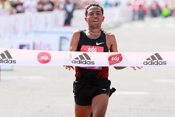 Another Half-marathon win for Zersenay Tadese (Victah Sailer)