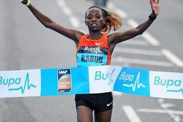 Lucy Kabuu of Kenya wins the 2011 Great North Run (Mark Shearman)